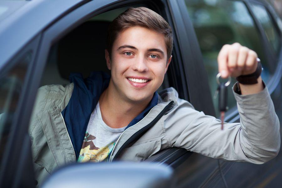 cena oc dla młodego kierowcy