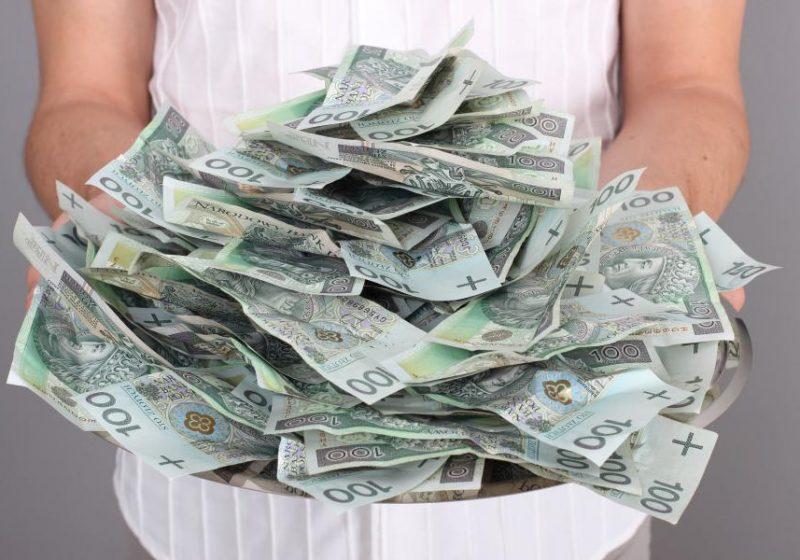fakty i mity o pieniądzach